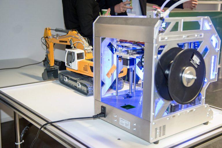 Foto eines 3D-Druckers beim WUD 2017